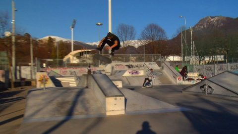 Poorskateboarding miniclip n.16 Lugano Switzerland - Poor skateboarding Channel