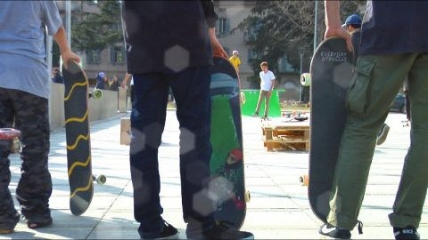 Skate Session & Contest palazzo dei congressi Lugano !! - Poor skateboarding Channel