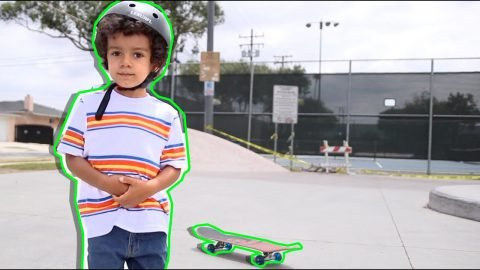 4 Years Old First Time Skateboarding | Lamont Holt