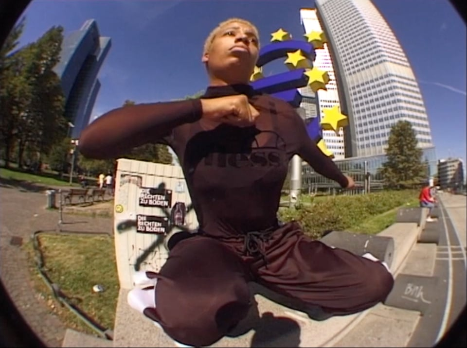 "Place Presents - ""DORI'S DANCE"" 