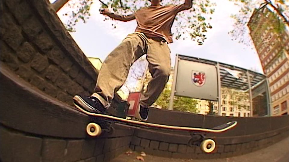 Place Presents - Leon Moss ''BENDER'' Part 2 | Place Skateboard Culture