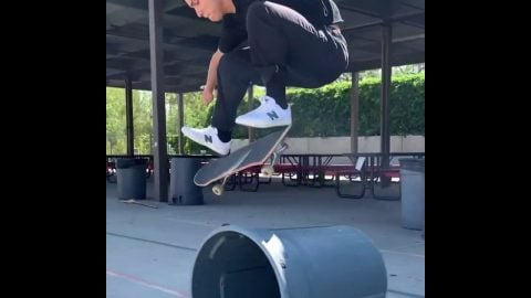 April Skateboards iPhone Mix #1 | Kevin Perez