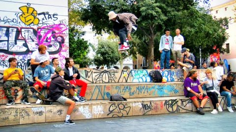 BARCELONA SKATE IN THE LIFE | Luis Mora