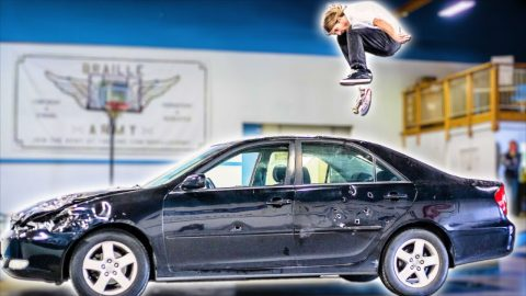 CAN SKATEBOARDERS DESTROY A CAR CHALLENGE? | Braille Skateboarding