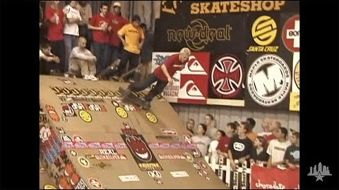 Clips From The Moat: Bam Margera - Tampa Pro 2000 | Skatepark of Tampa