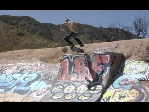 Cody McEntire Nose to bs Tail bs Flip Raw Cut - E. Clavel