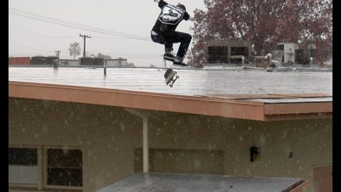 Cody McEntire Pouring Rain Nollie bs Heel Roof to Roof Raw Uncut - E. Clavel