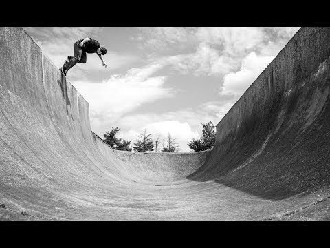 Concrete Dinosaurs Part 1: Romford Skatepark with Rune, Raven, Hatchell & Sam Beckett - Sidewalk Mag