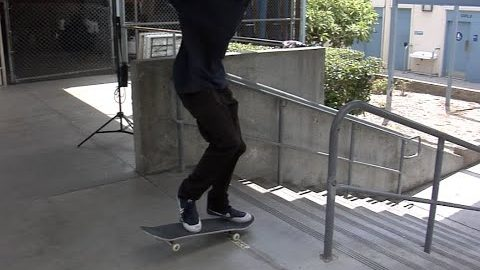 Daniel Knapp Fakie Bigspin Boardslide Raw Cut | E. Clavel