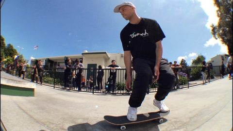 "Diamond Supply Co ""Go SKATE DAY"" 2019 