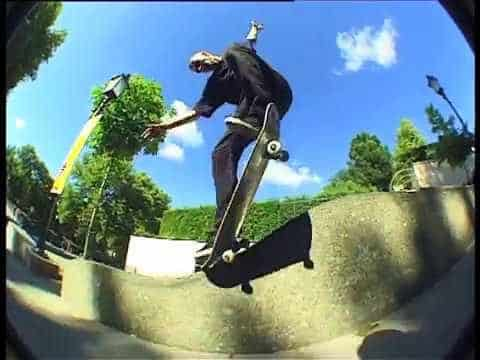 "Eniz Fazliov in ""Out Of Business"" - Freeskatemag"