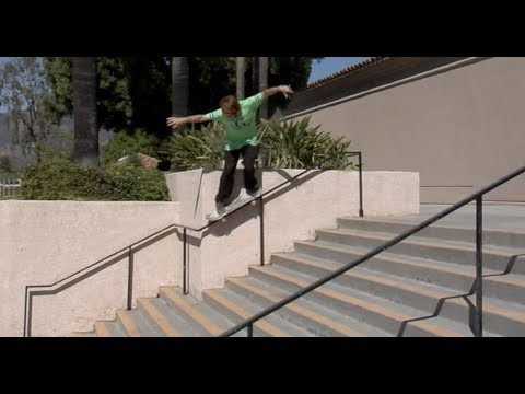 Jordan Maxham bs Grind Gap Out Wall Rail Raw Cut - E. Clavel