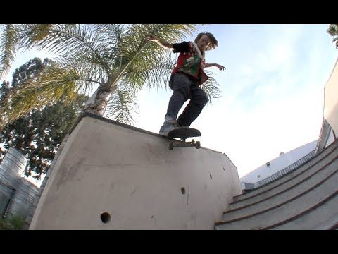 Jordan Maxham bs Smith Kickflip Raw Cut - E. Clavel