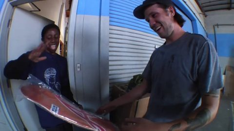 Kader Sylla Product Pillage with our Pillage Giveaway Winner! | Independent Trucks