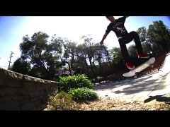 LAMONT HOLT - BACK SIDE 180 LATE FLIP - BEHIND THE CLIPS
