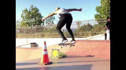Leticia Bufoni B Roll Wednesday's | Plan B Skateboards