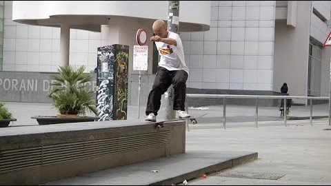 Macba Life - Volcom - Keep the plaza clean | Macba Life