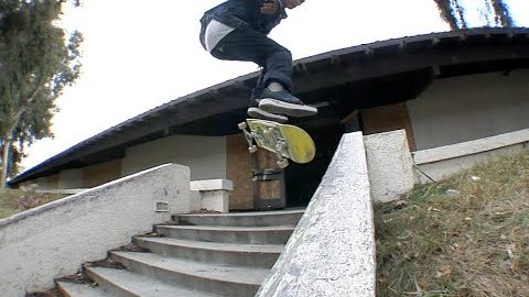 Mike Patterson Kickflip fs Noseslide Raw Cut | E. Clavel