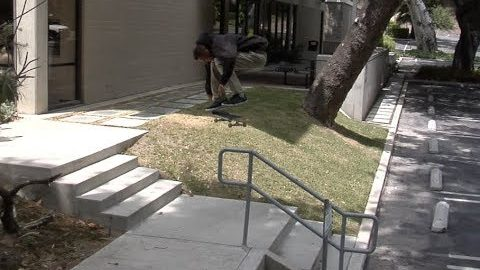 Mike Patterson Switch bs Heelflip Raw Cut | E. Clavel