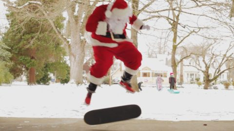 Santa Does 100 Kickflips In The Nike SB Janoski Hyperfeel - CCS