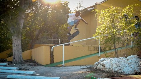Skateboarding in the Caribbean (Rob Maatman, Shajen Willems, Douwe Macare) | Flatspot Magazine