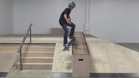 SMITH GRIND DOWN THE HUBBA |  LIVE SKATE SUPPORT - Braille Skateboarding