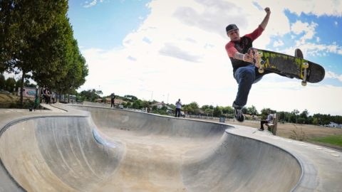 Sorgente and Russell Attack Perfect Bowls in France | Skate Escape - Red Bull