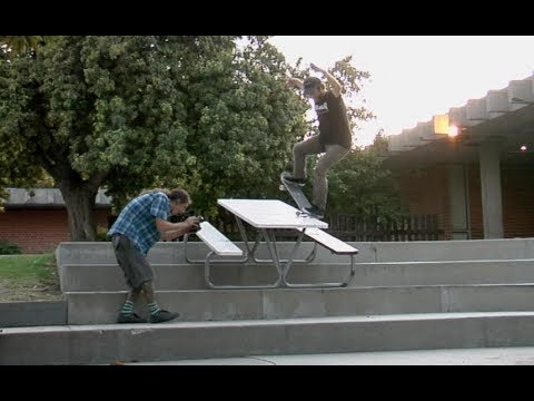Steve Mull Table To Drop Raw - E. Clavel