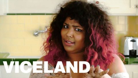 That Time Lizzo Gave Someone the Hands at Karaoke - VICELAND